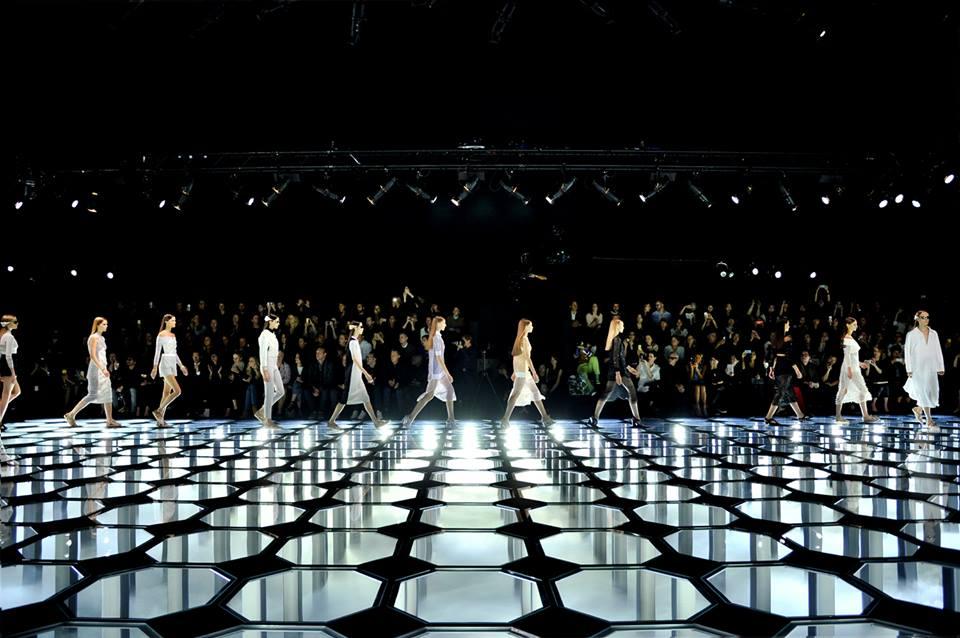 Balenciaga presentará una única colección en París