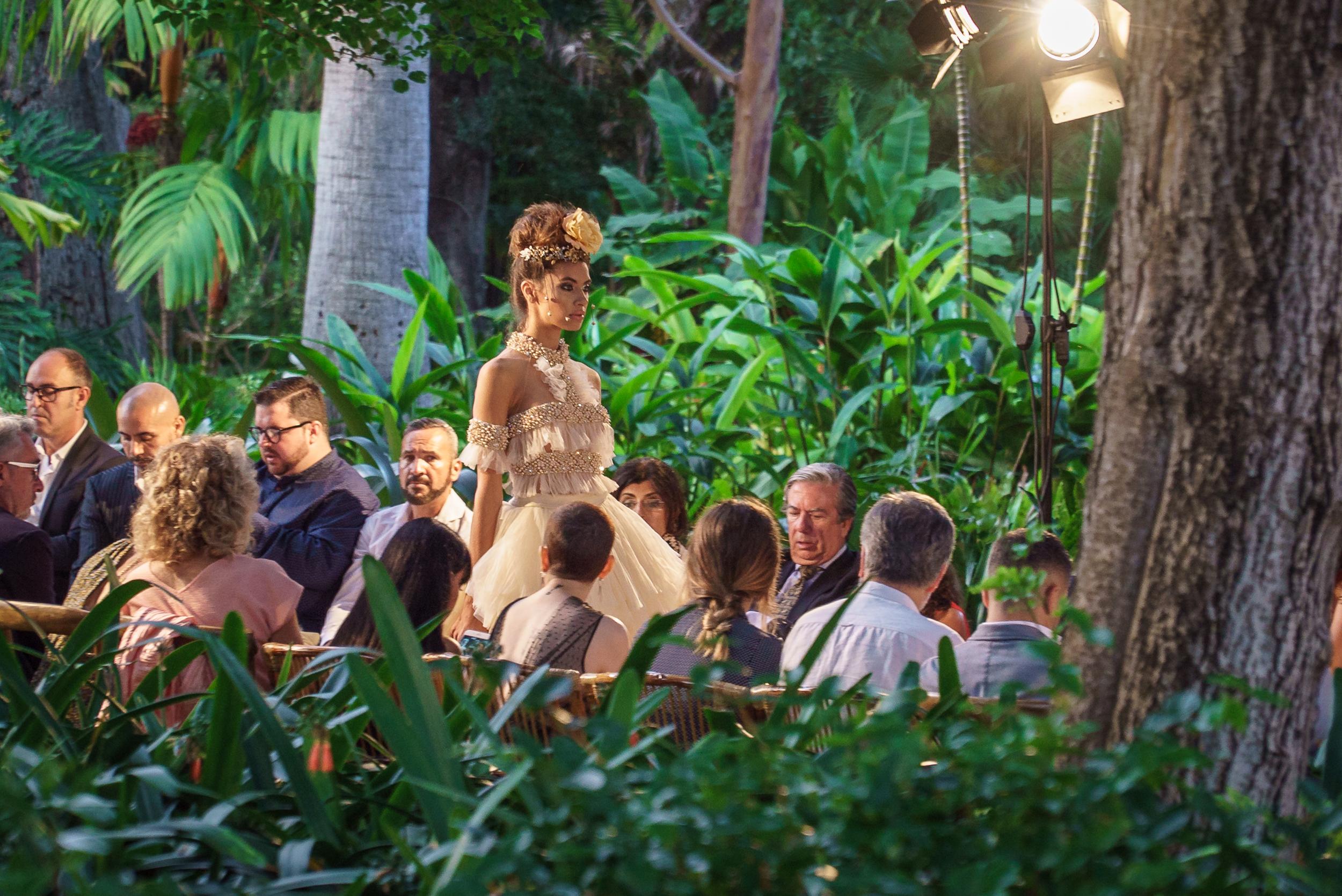 M&M transforma el Botánico en pasarela de alta costura