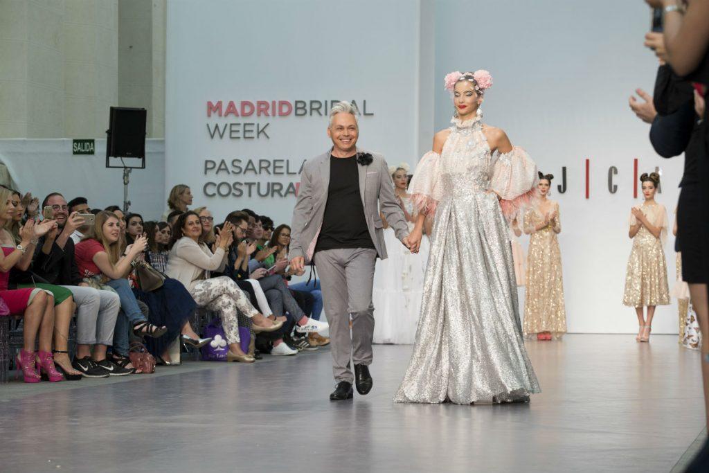 Juan Carlos Armas celebra sus 30 años en el mundo de la moda