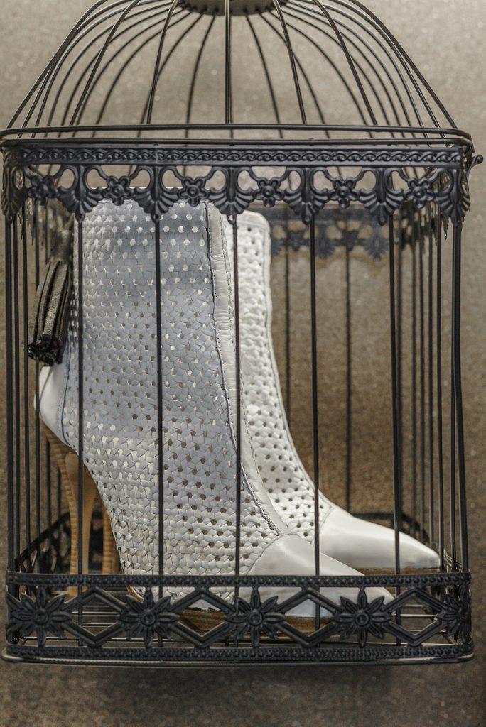 Botines troquelados en piel, nuevo diseño de Un1Kos. / Foto: David Domínguez.