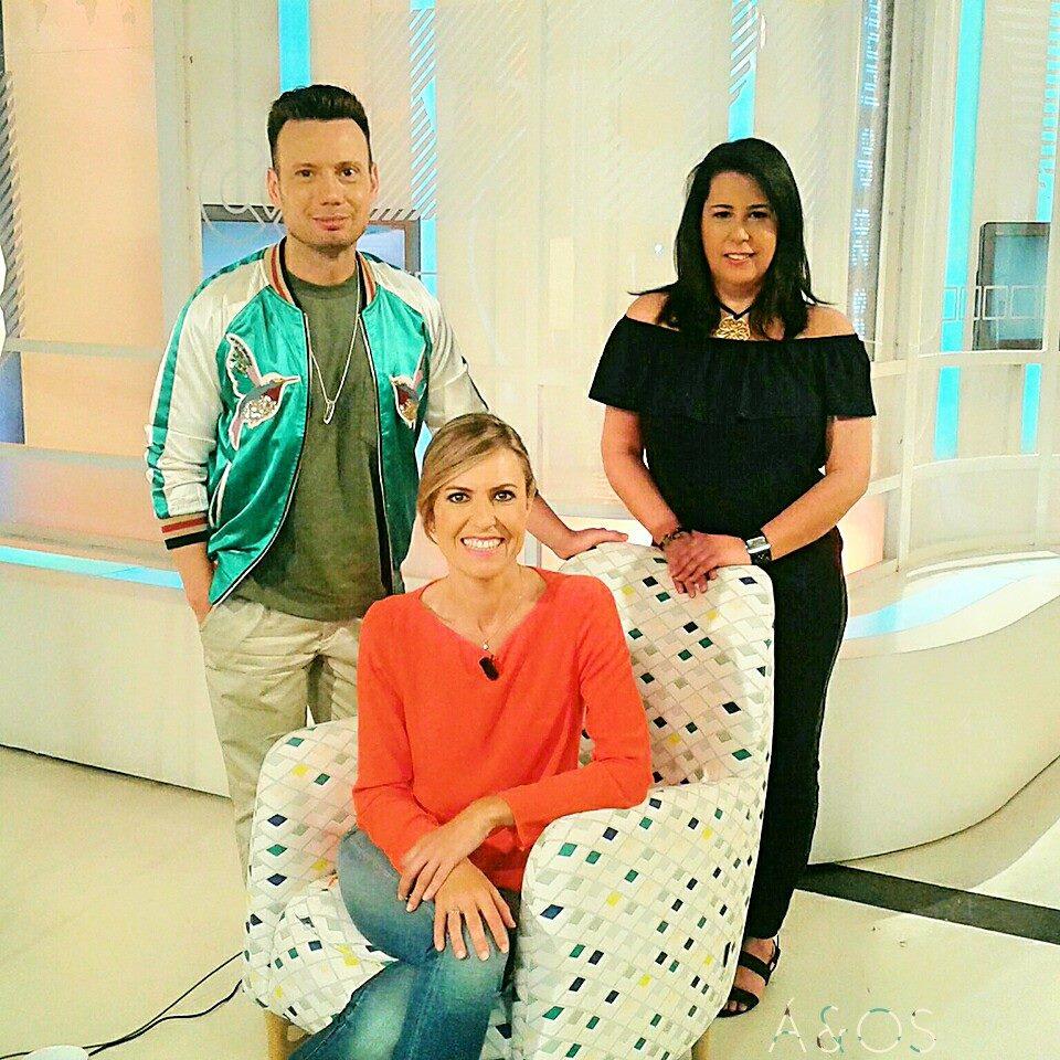Contertulia en Televisión Canaria. / 2016.