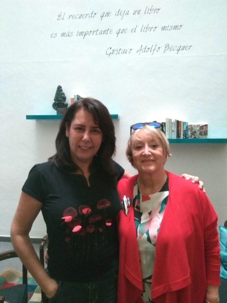 Con la oscarizada diseñadora de vestuario, Yvonne Blake. 2016.