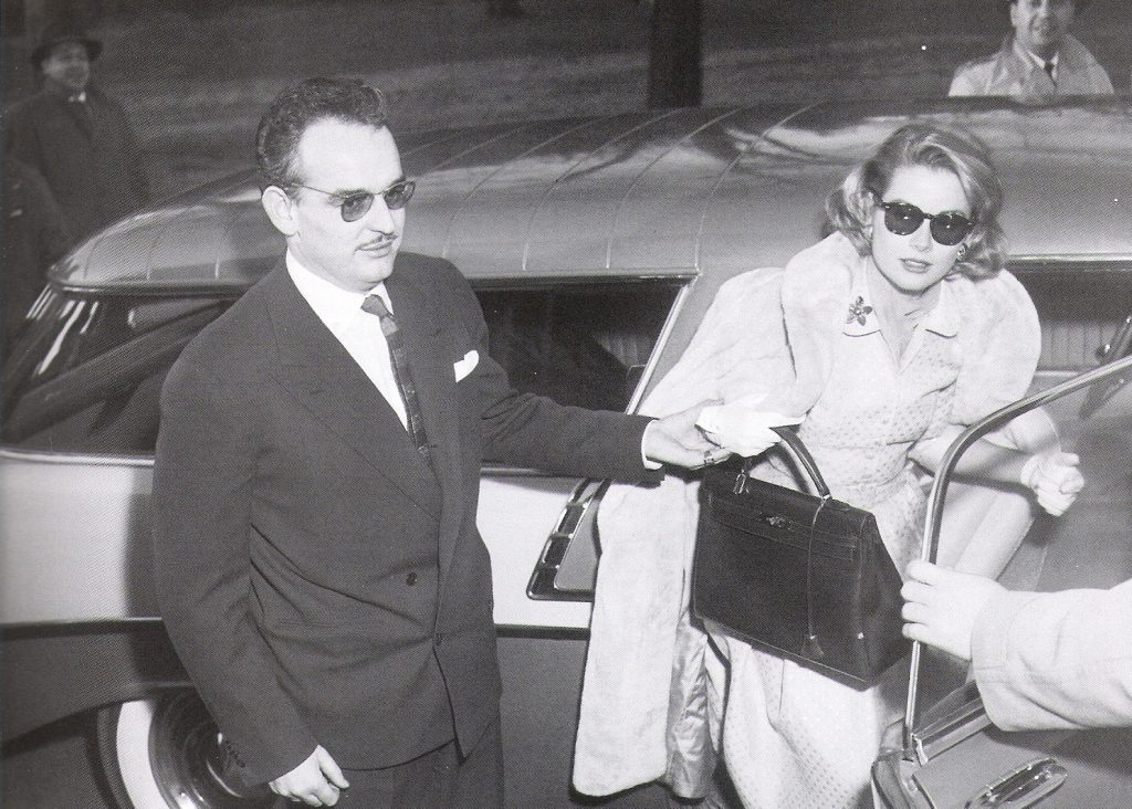 Grace Kelly con su Kelly Bag.