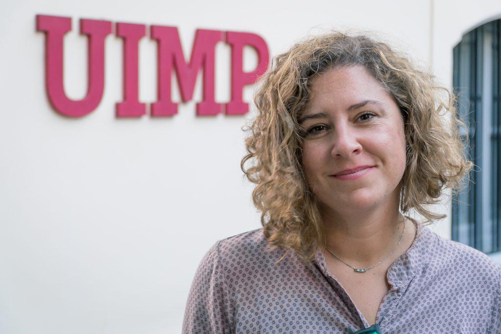 María Ortega posa en la nueva sede de la UIMP en Tenerife. / Foto: David Domínguez.