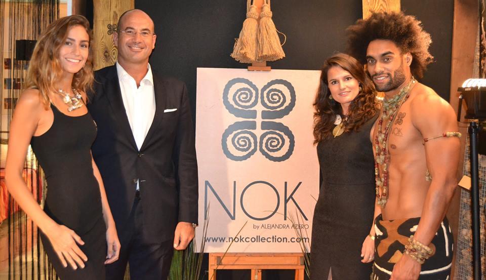 Alejandra Rodríguez de Azero y Guillermo Meca junto a dos modelos.