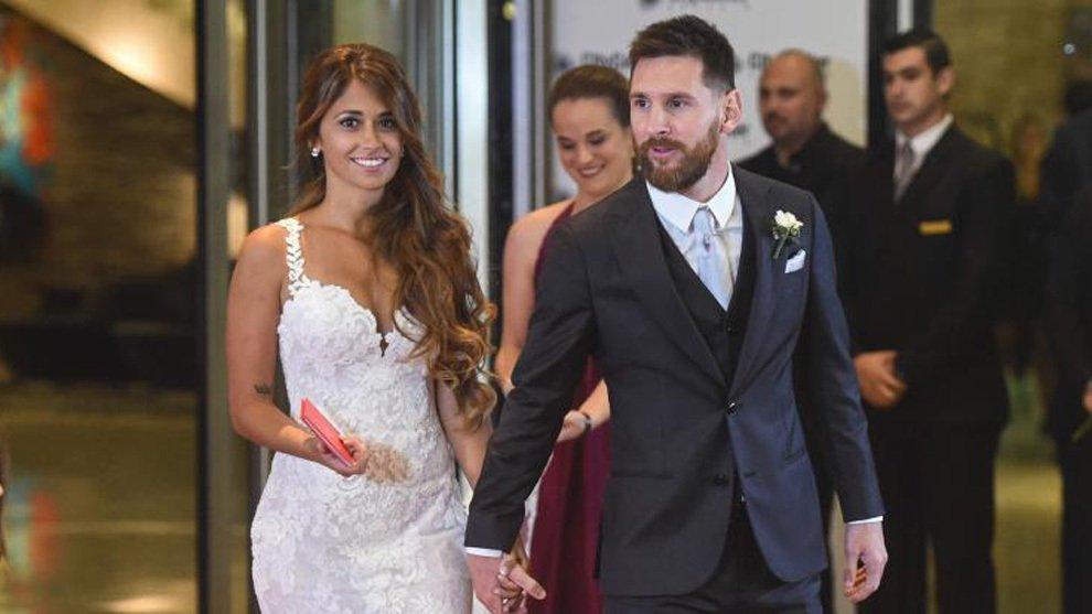 Rosa Clará diseña el vestido de Antonela Roccuzzo para su boda con Messi