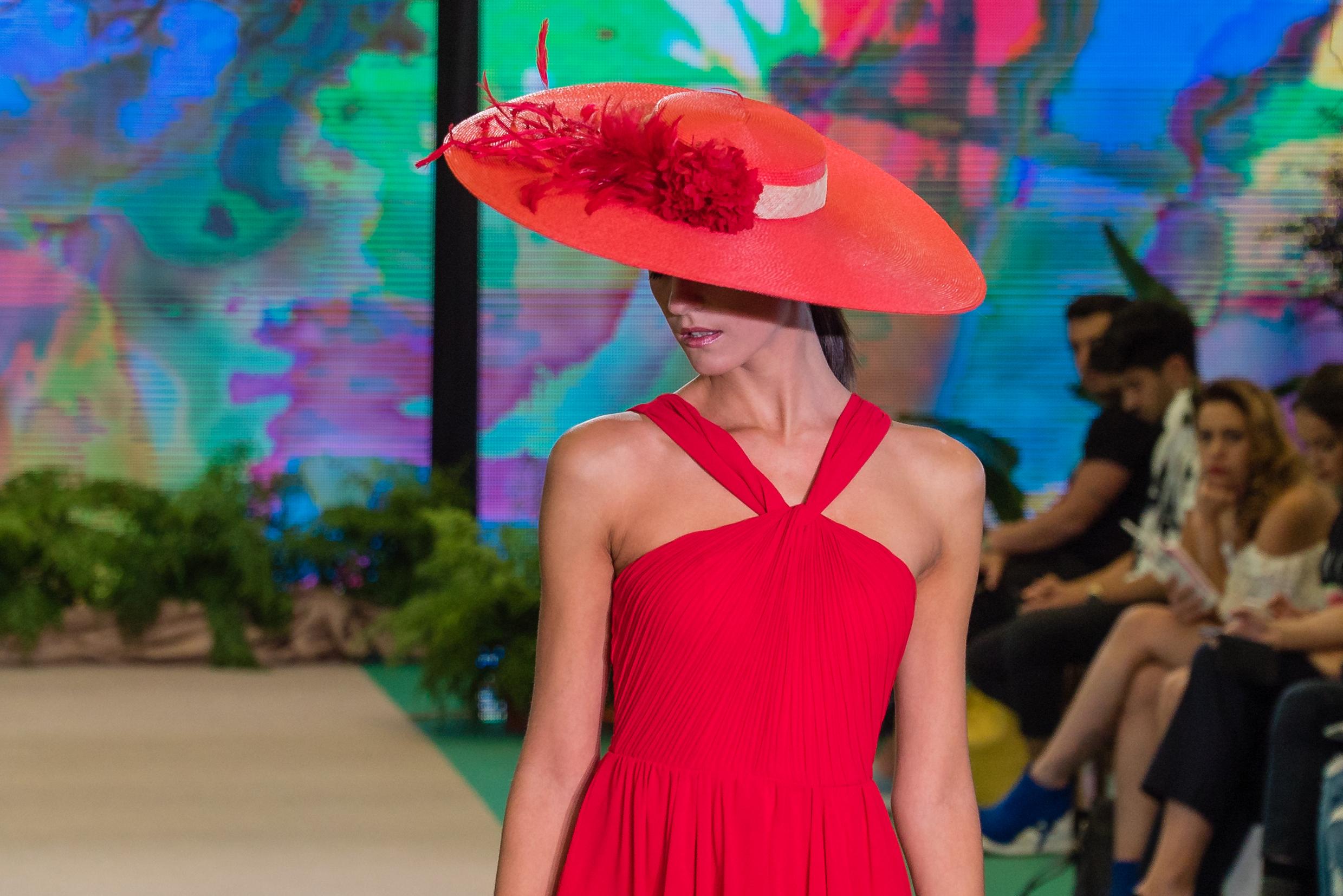 El Invernadero de la Feria de la Moda de Tenerife se rinde al color