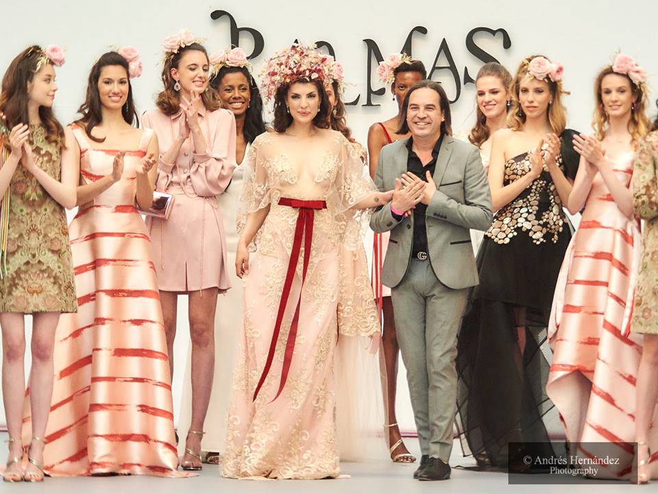 La rosa seducción de Pedro Palmas enamora la pasarela Madrid Bridal