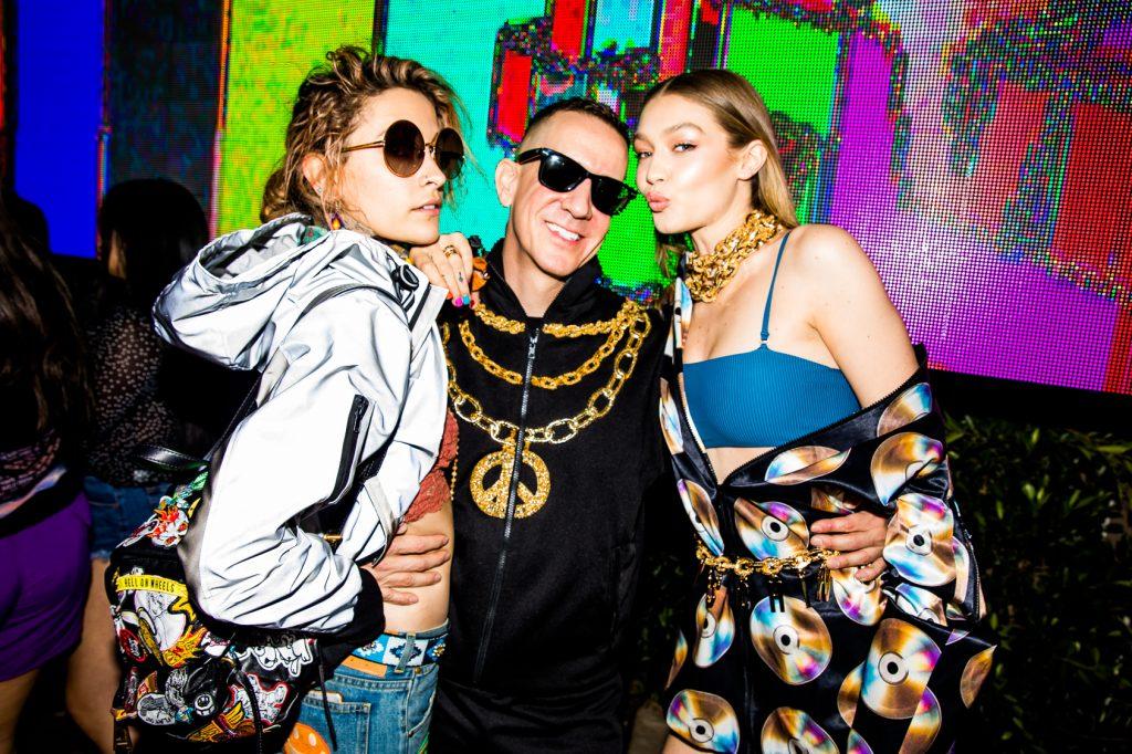 Oro y negro visten la colección de Moschino para H&M
