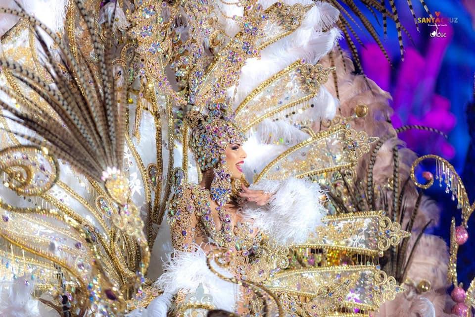 Diseñadores de Tenerife Moda triunfan en la Gala de la Reina del Carnaval