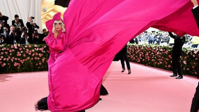 La moda 'Camp' inspira los looks más transgresores de la gala MET 2019