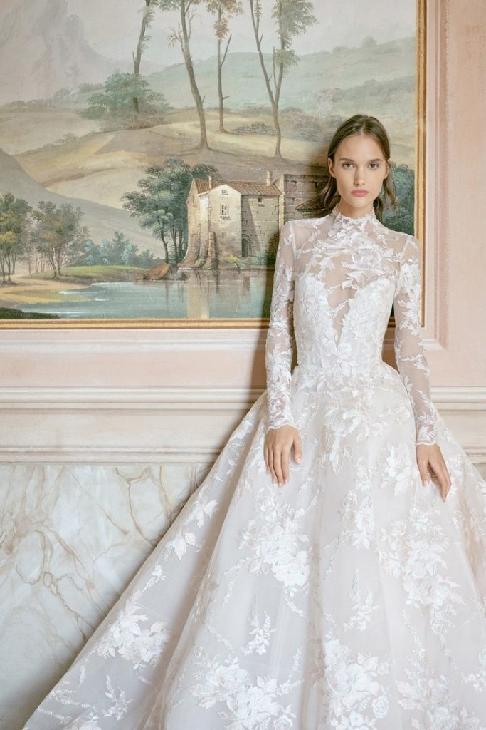 00005-Monique-Lhuillier- New-York-Bridal-Fall-2020-credit-KT-Merry