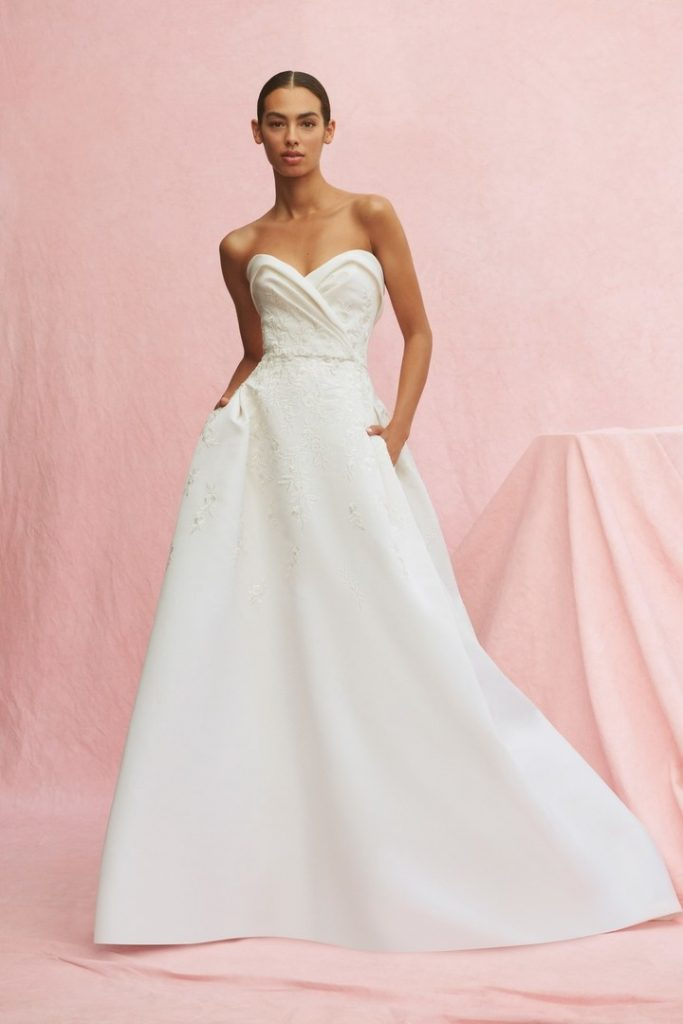 00007-Carolina-Herrera-New-York-Bridal-Fall-2020