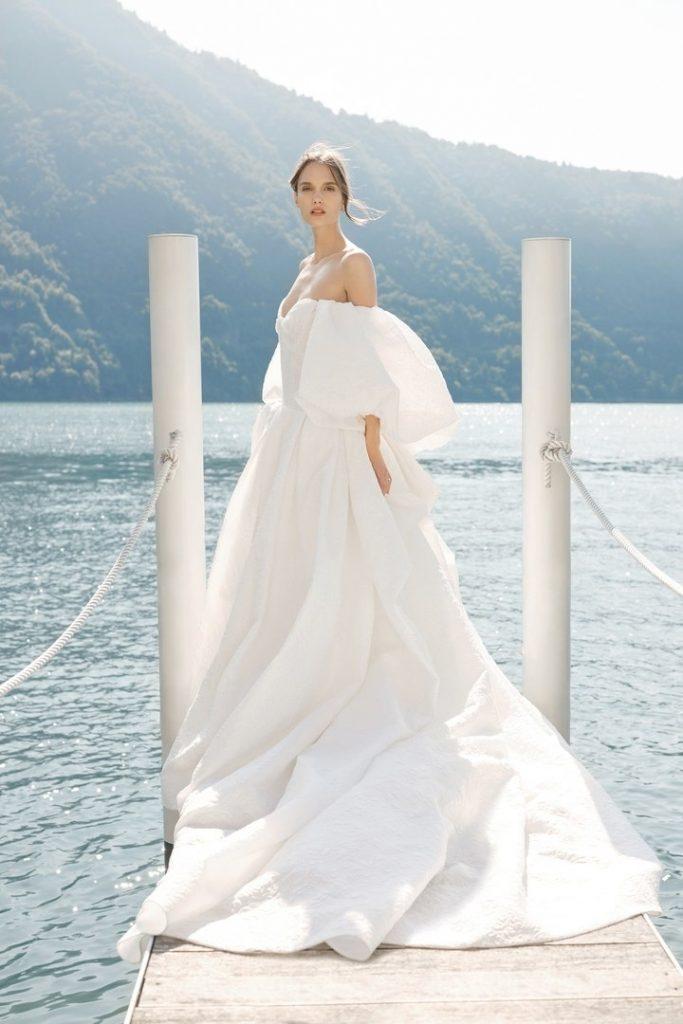 00017-Monique-Lhuillier- New-York-Bridal-Fall-2020-credit-KT-Merry