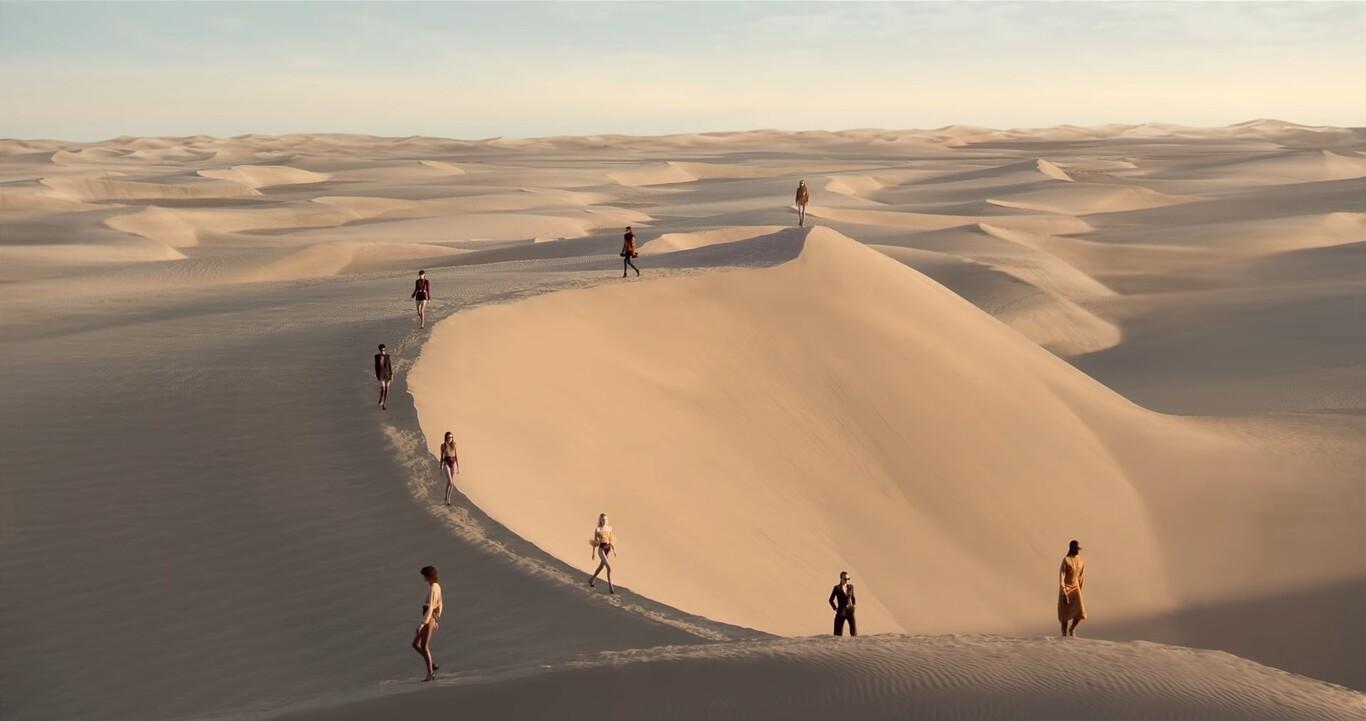 YSL desfila en las dunas de Maspalomas